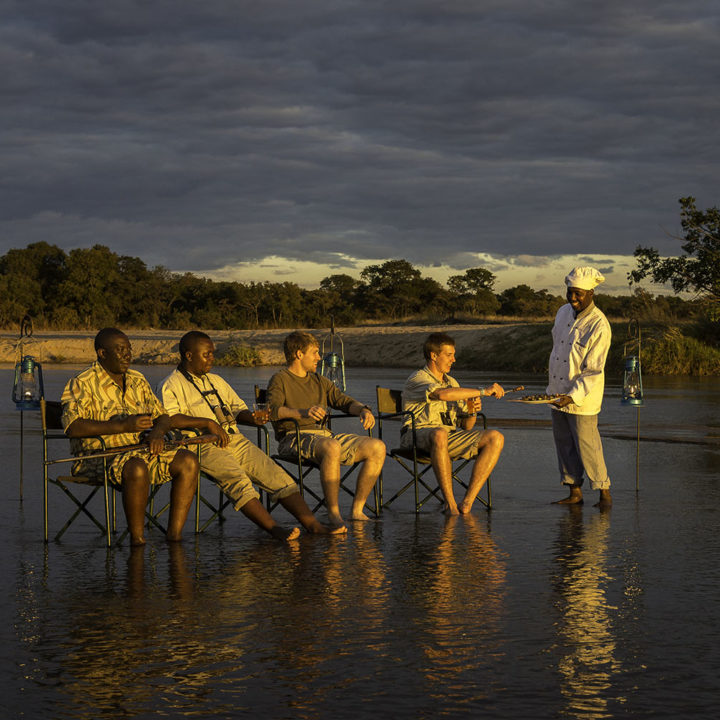 zungulila bushcamp lodge-zambia-in-style-safari-packages-lodges-south-luangwa-national-park-relaxing