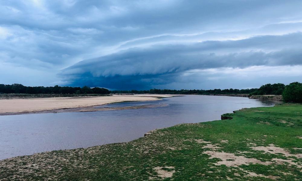 the luangwa river