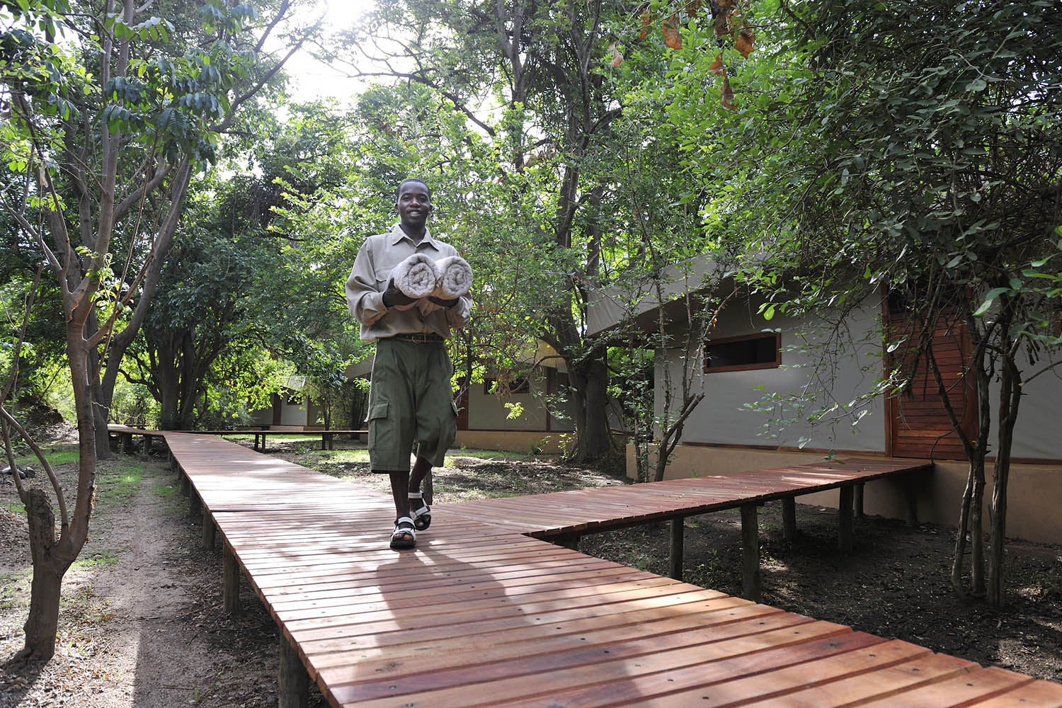 potato bush camp lodge-zambia-in-style-safari-packages-lodges-lower-zambezi-national-park-staff-walkways