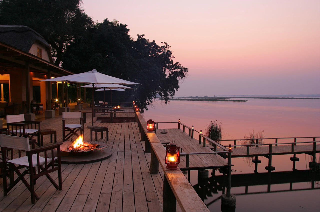 the royal zambezi zambia-in-style-safari-packages-lodges-lower-zambezi-location-terrace-at-night