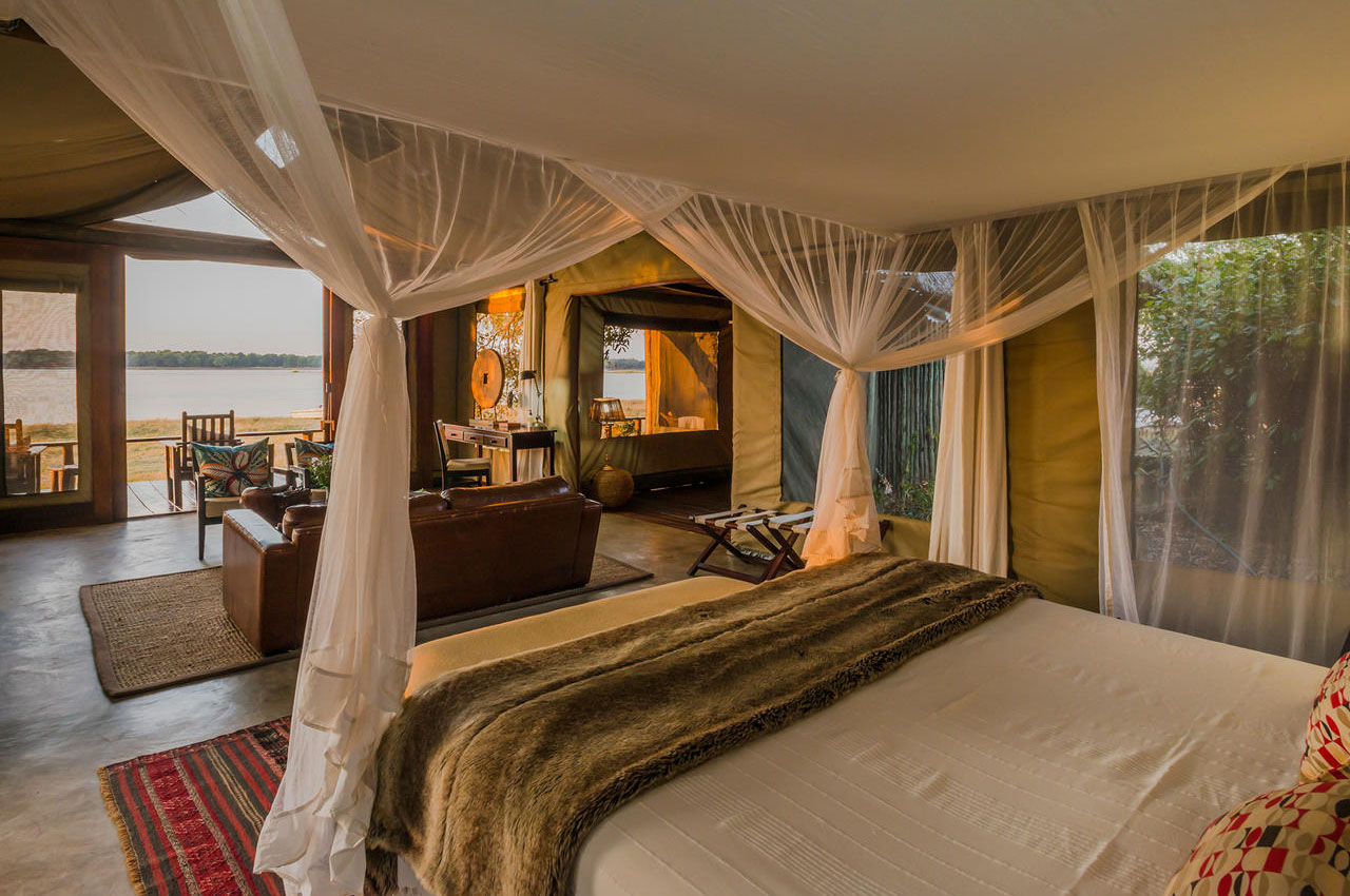 the royal zambezi zambia-in-style-safari-packages-lodges-lower-zambezi-rooms-deluxe-suite