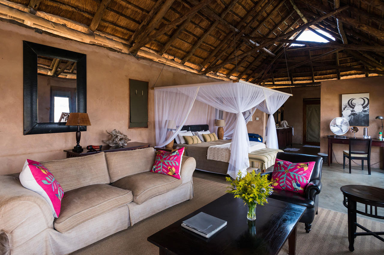 the royal zambezi zambia-in-style-safari-packages-lodges-lower-zambezi-rooms-presidential-suite
