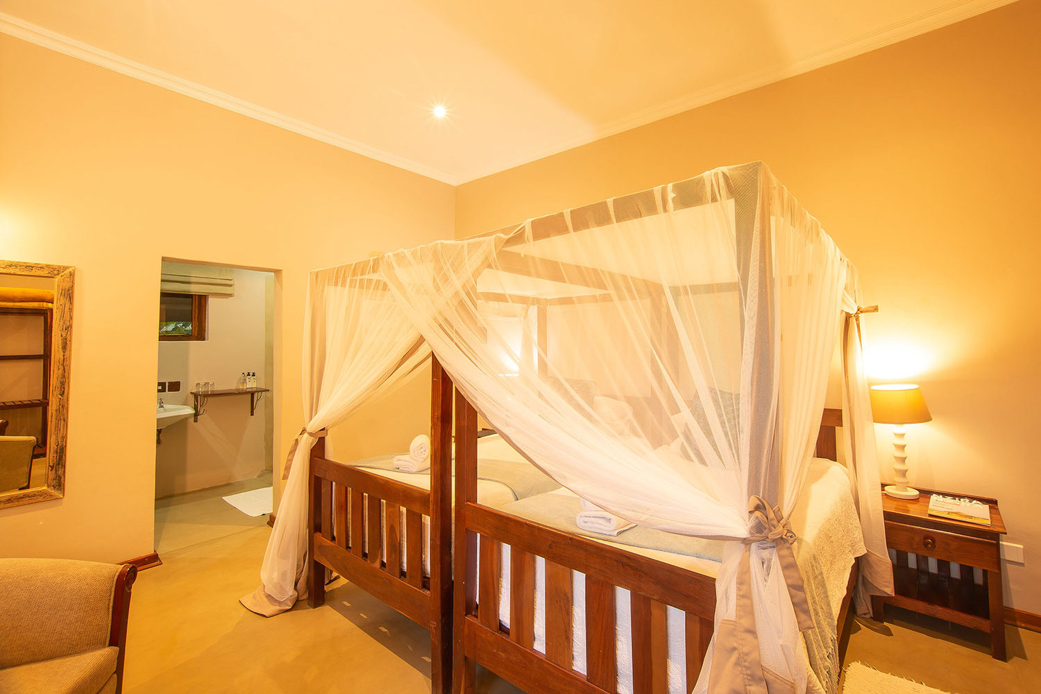 bayete guest lodge victoria-falls-accommodation-zimbabwe-zambia-in-style-spacious-rooms-room