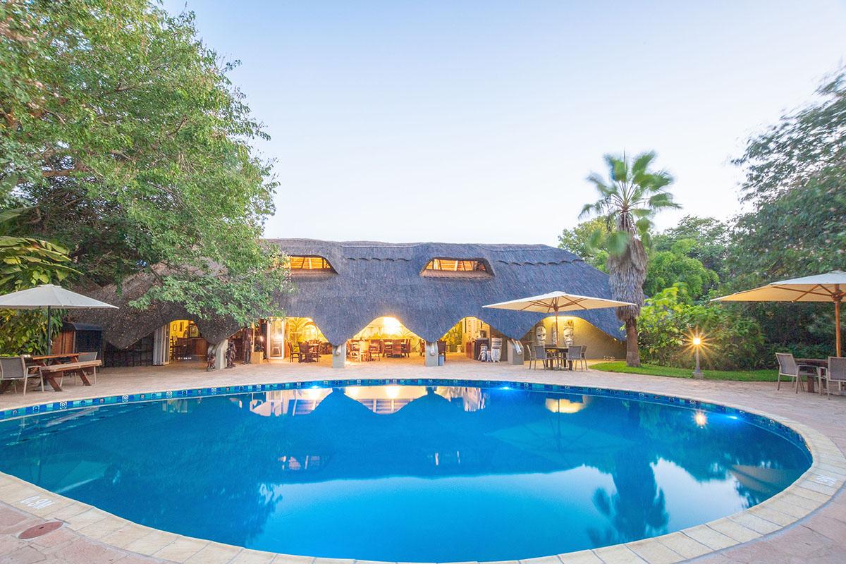bayete guest lodge victoria-falls-accommodation-zimbabwe-zambia-in-style-swimming-pool-area