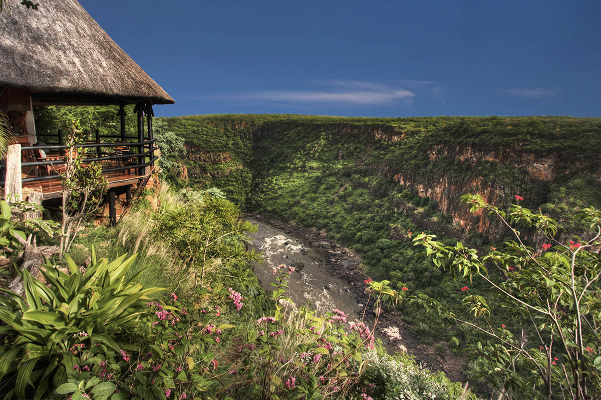 gorges lodge zimbabwe-accommodation-victoria-falls-zambia-in-style-imvelo-safari-lodges-morning
