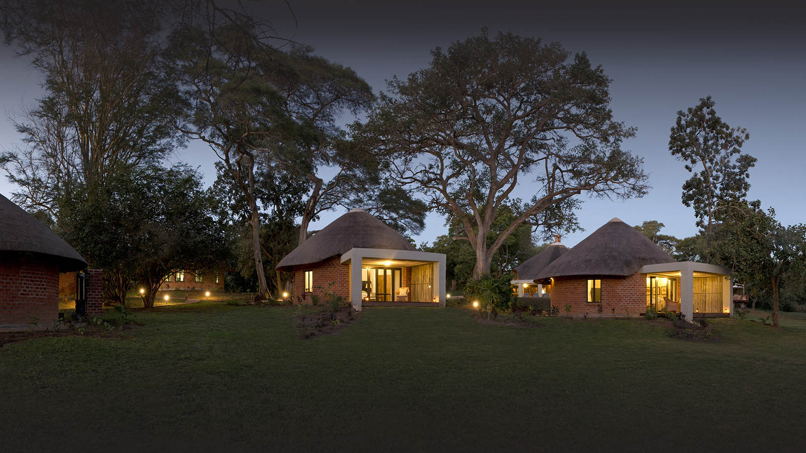 lilayi lodge zambia-in-style-tours-safari-packages-lodges-accommodation-lusaka-panaromic-buildings