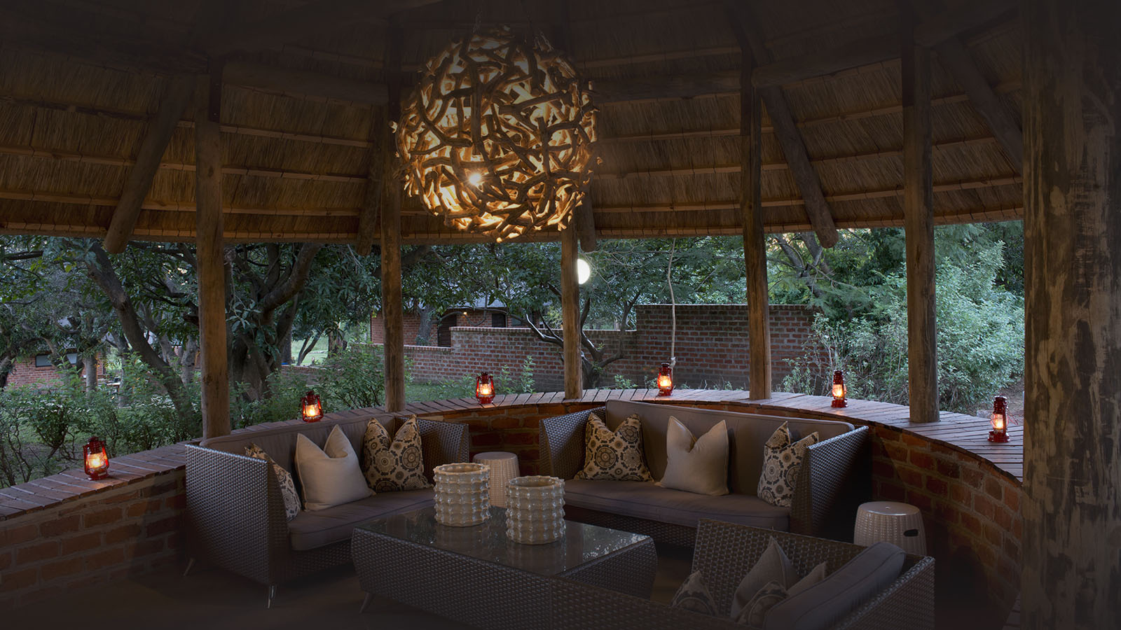 lilayi lodge zambia-in-style-tours-safari-packages-lodges-accommodation-lusaka-reception-area