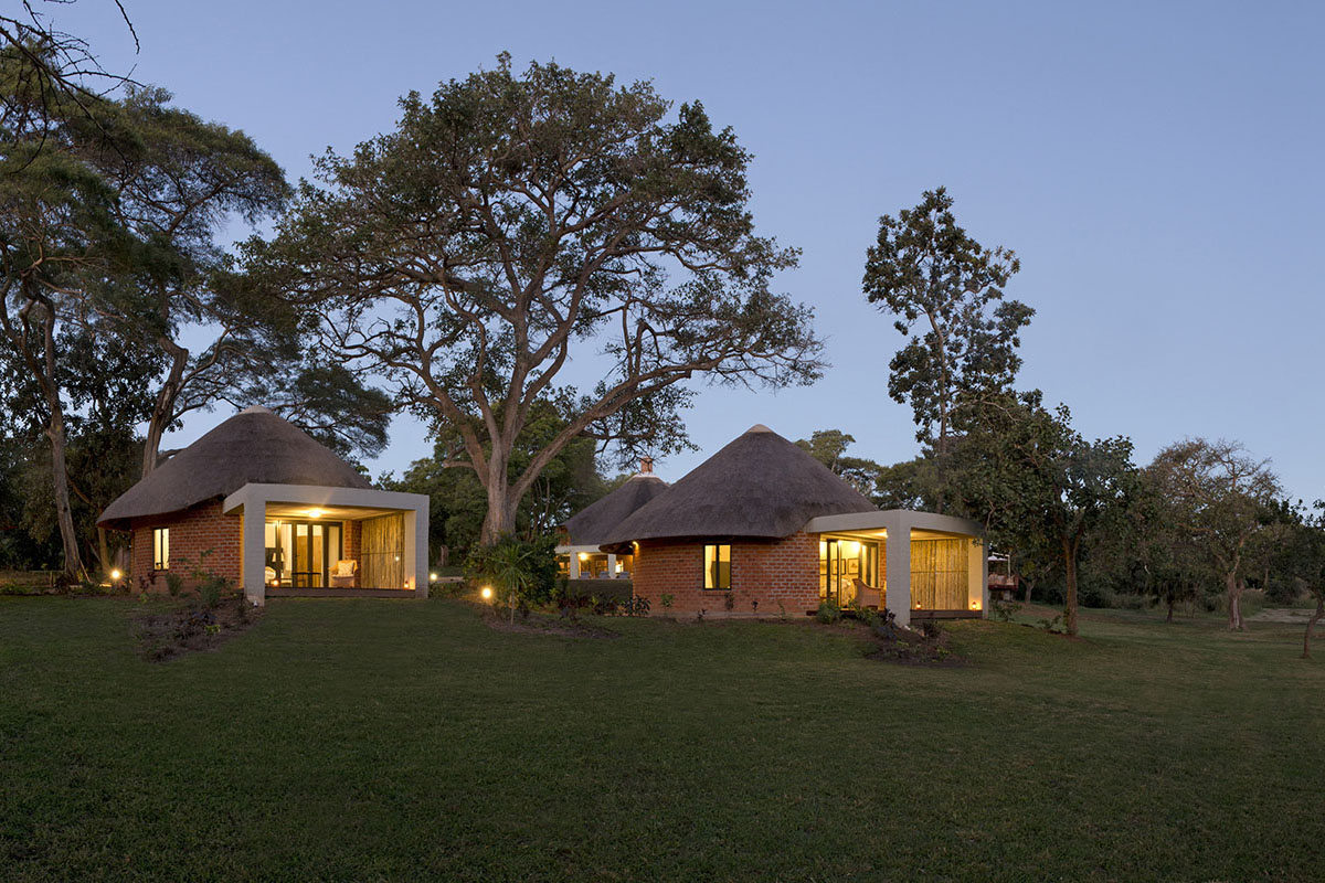 lilayi lodge zambia-in-style-tours-safari-packages-lodges-lusaka-accommodation-panoramic