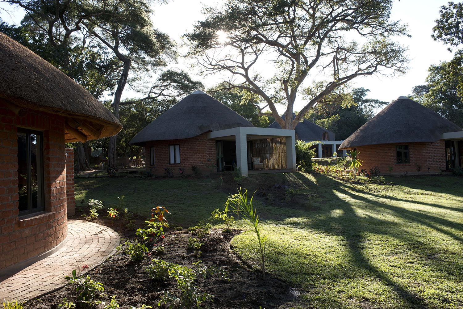lilayi lodge zambia-in-style-tours-safari-packages-lodges-lusaka-exterior