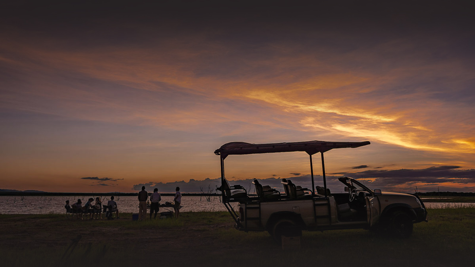 changa safari camp lake-kariba-zimbabwe-sundowners