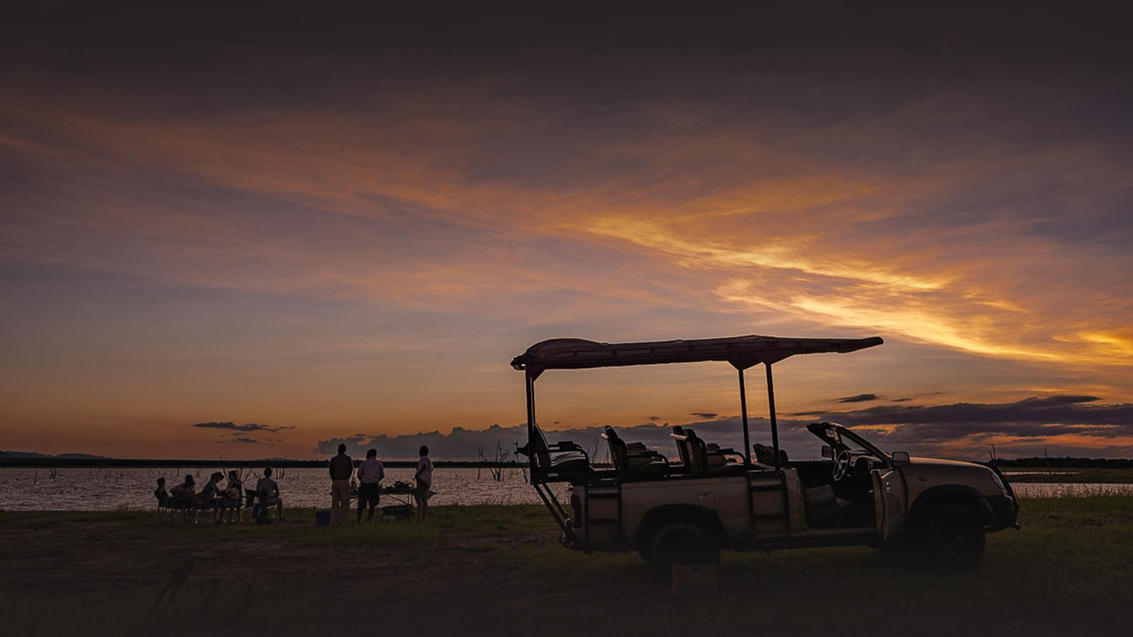 changa safari camp lake-kariba-zimbabwe-sundowners
