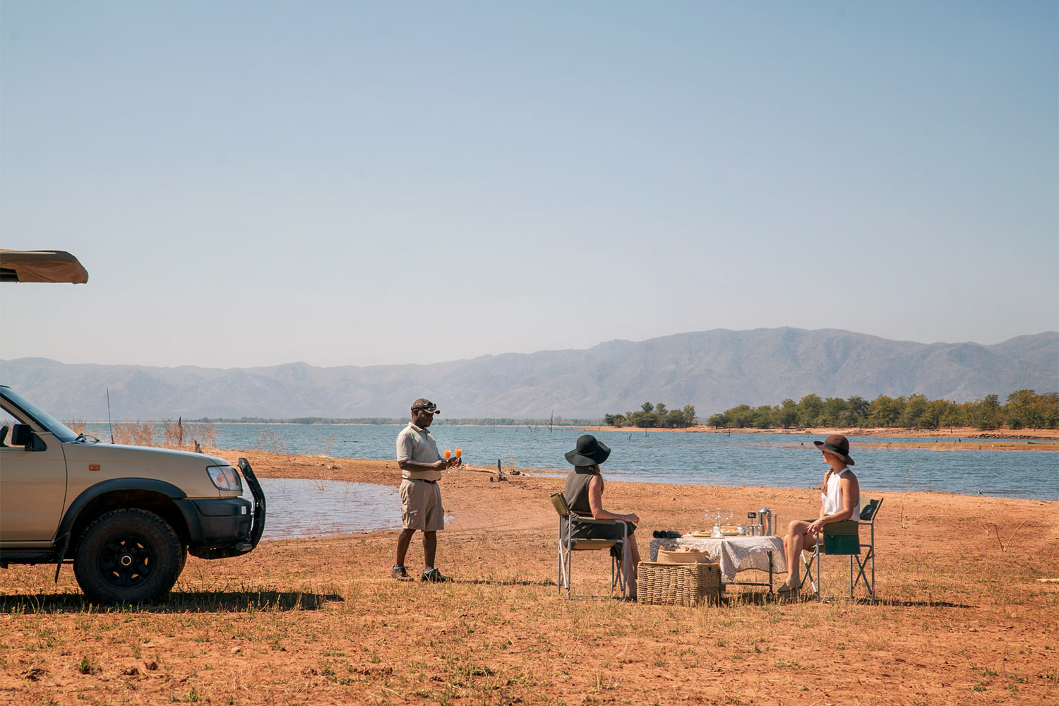 changa safari camp lake-kariba-zimbabwe-zambia-in-style-delicious-cuisine-tea-stop