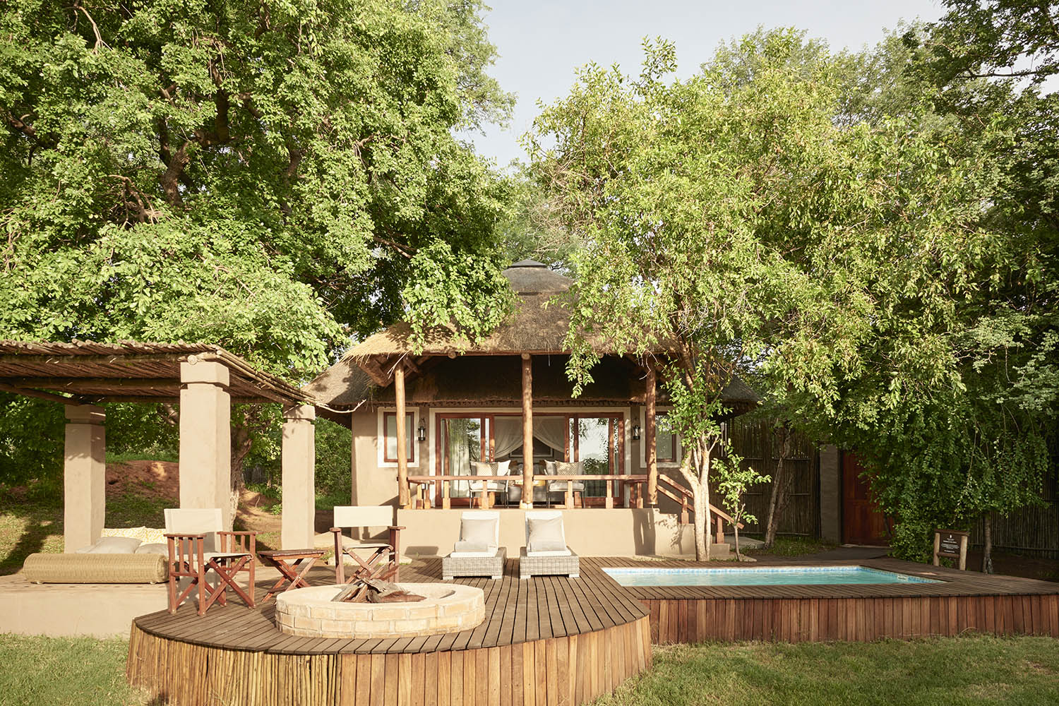 chobe chilwero botswana-lodges-zambia-in-style-chobe-national-park-lodge-pool-deck