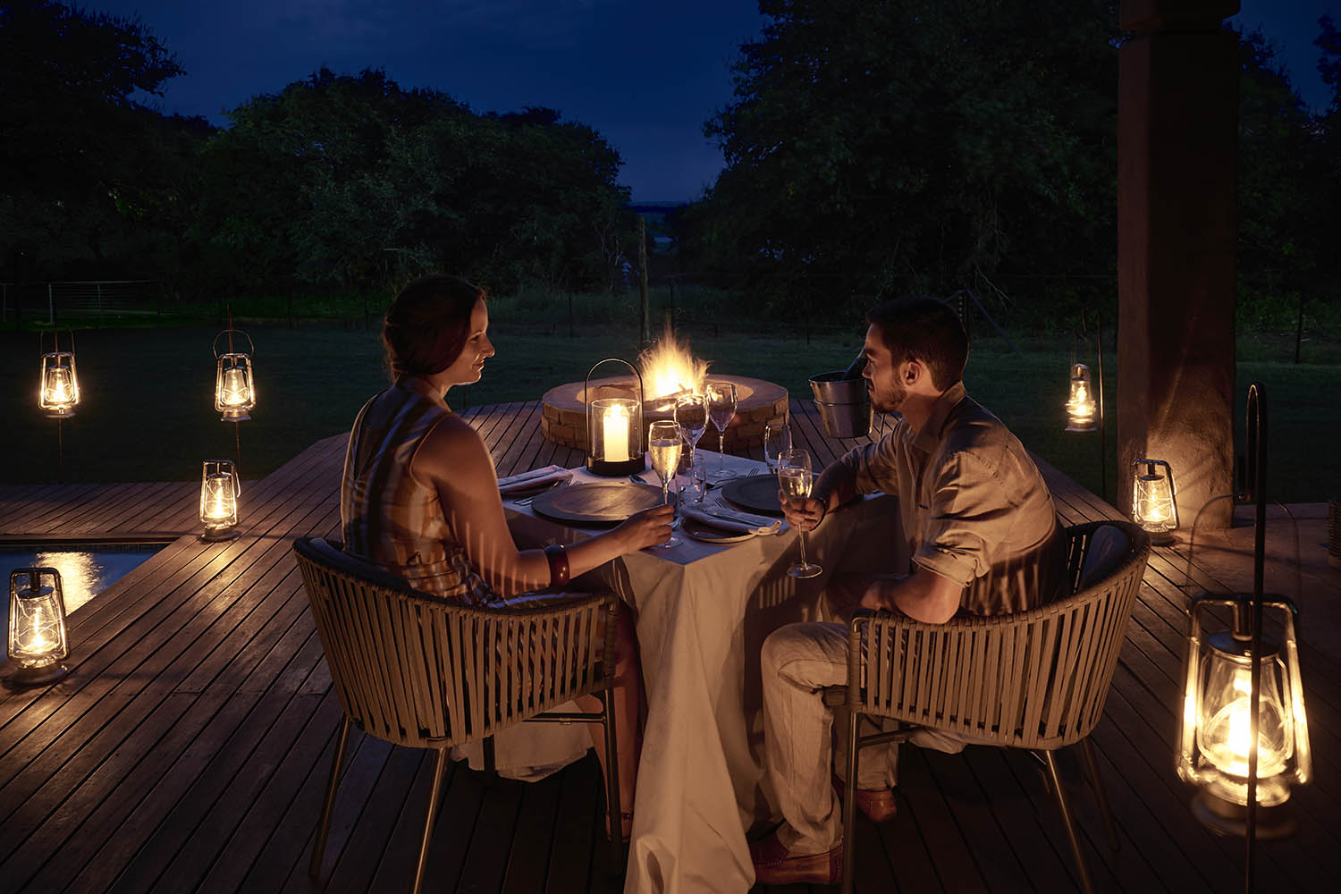 chobe chilwero botswana-lodges-zambia-in-style-chobe-national-park-lodge-romantic-dinner