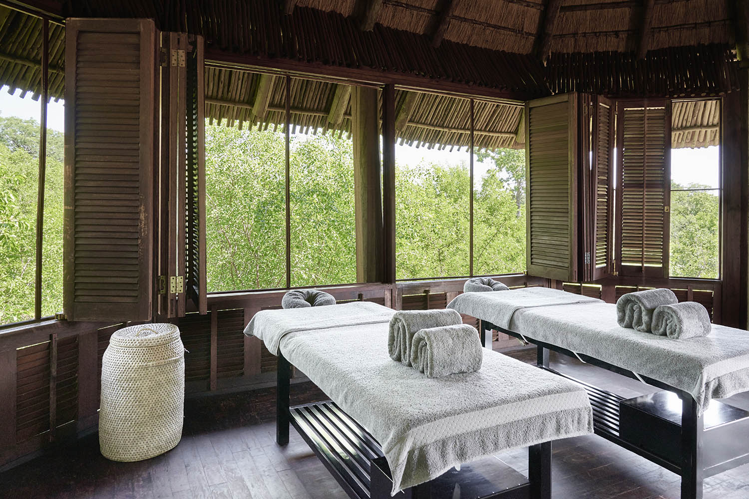 chobe chilwero botswana-lodges-zambia-in-style-chobe-national-park-lodge-spa