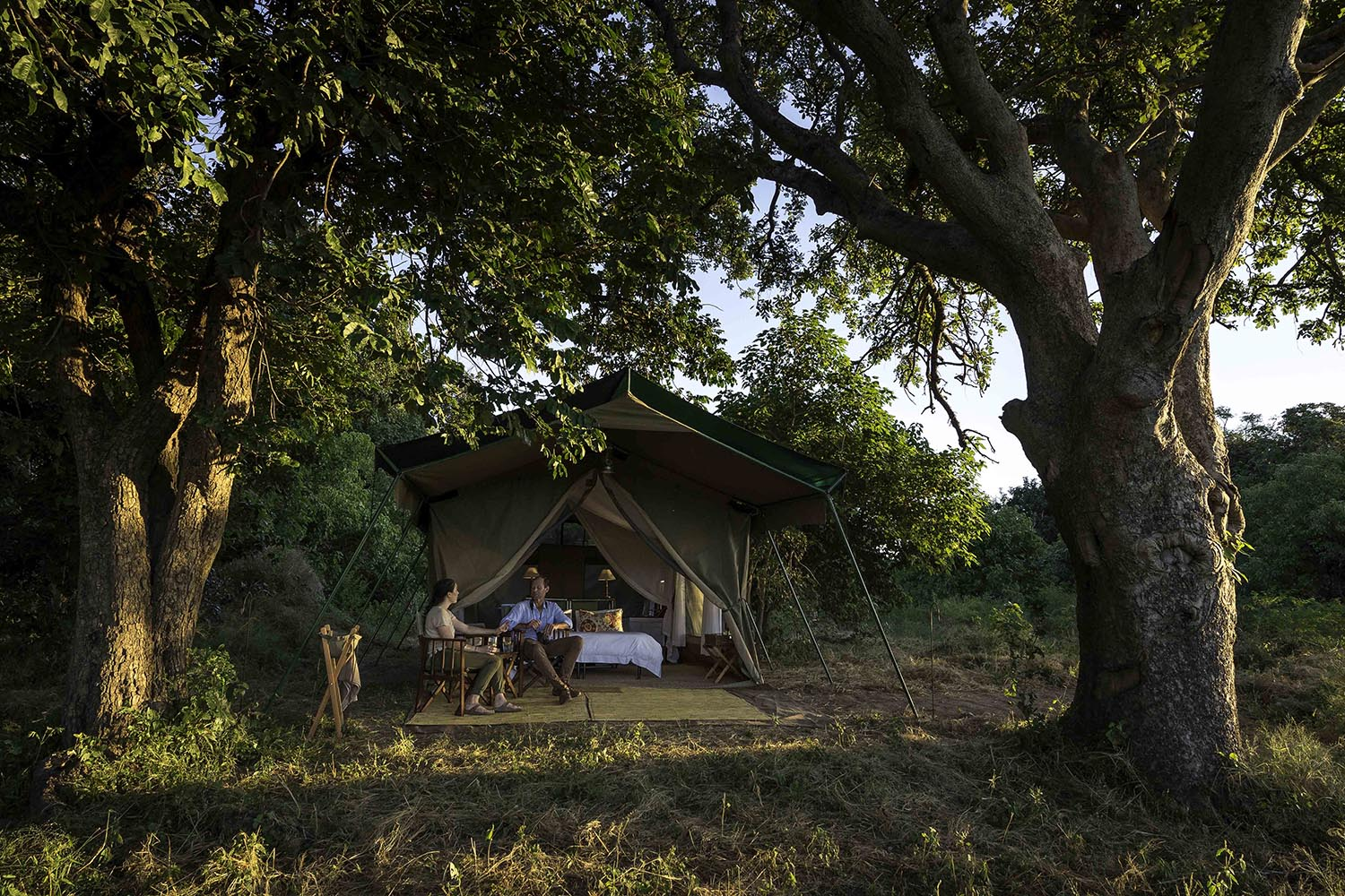 johns camp mana-pools-zimbabwe-accommodation-africa-safari-zambia-in-style-meru-styled-tents-couple