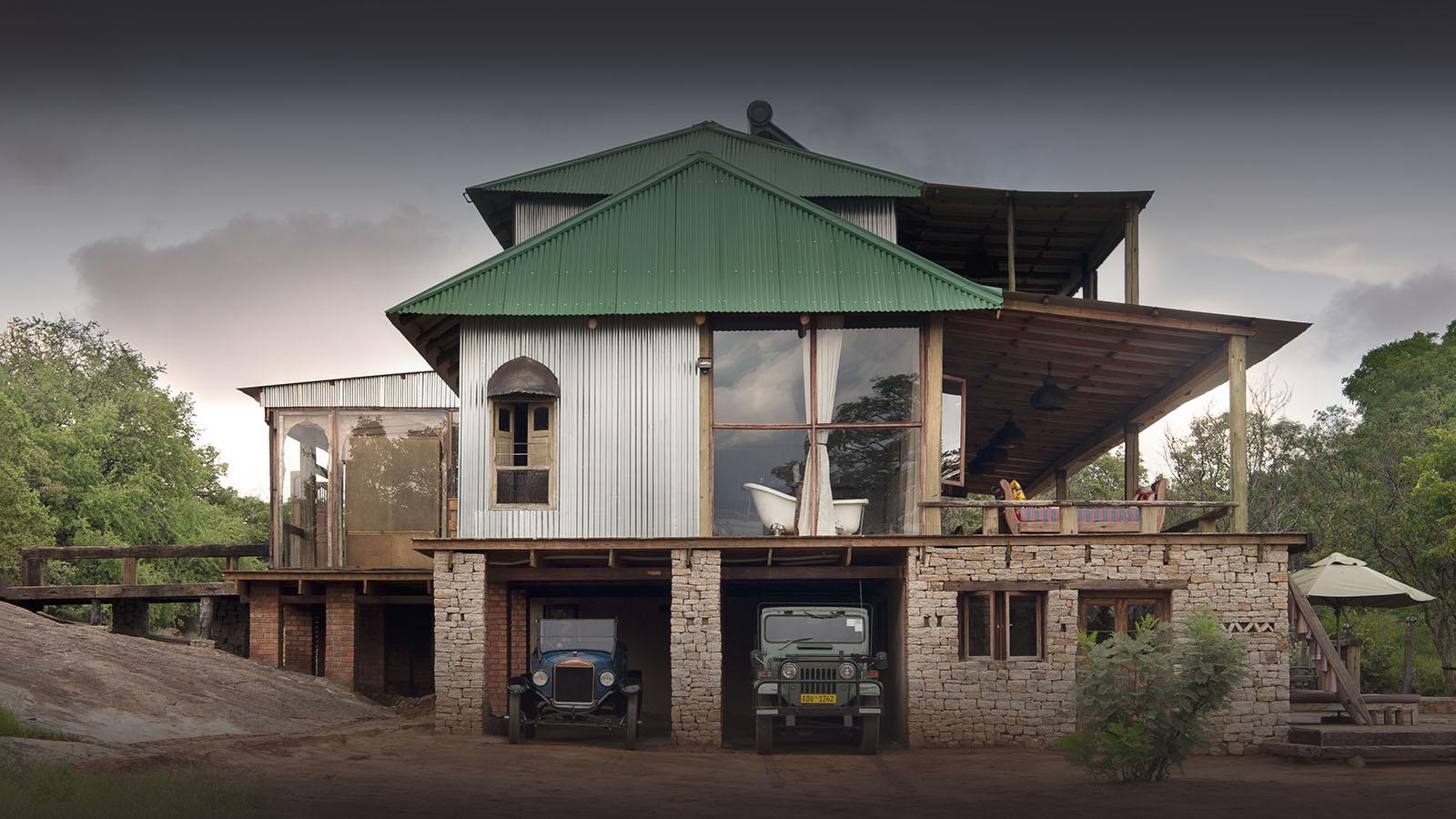 khayelitshe house matobo-hills-national-park-zimbabwe-lodges-front