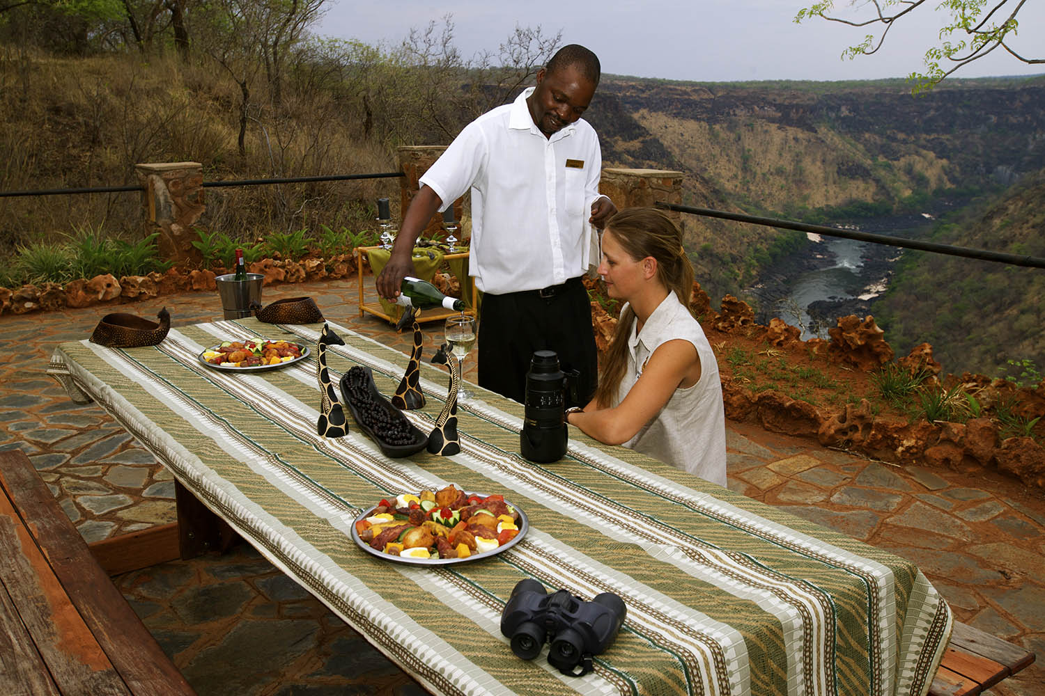 little gorges tented lodge imvelo-victoria-falls-zimbabwe-sundowners