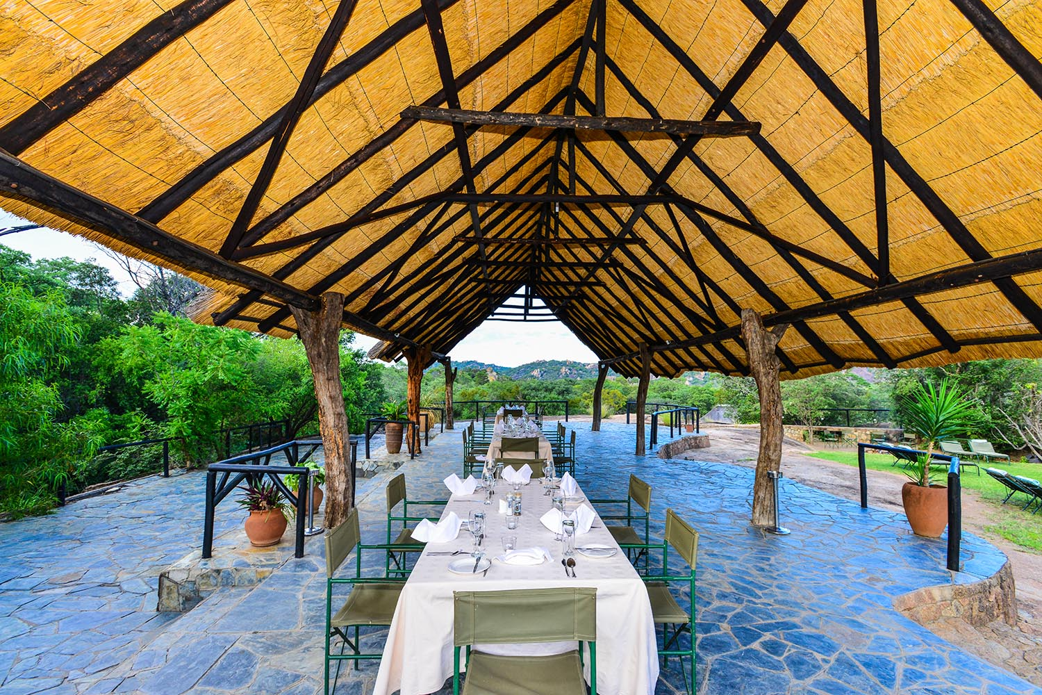 matobo hills lodge-zimbabwe-lodges-accommodation-matopos-matobo-national-park-africa-lunch