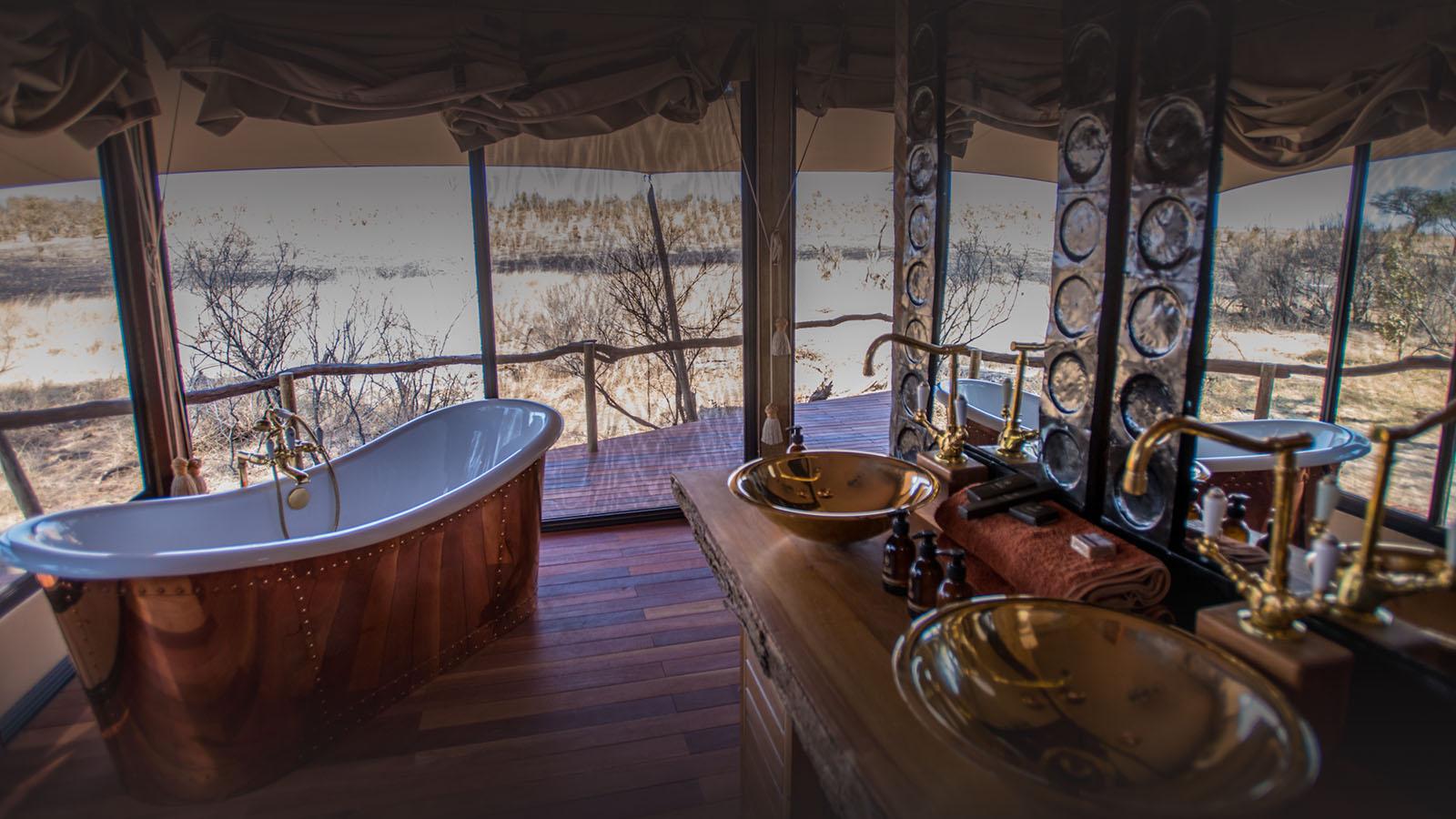 somalisa camp zimbabwe-lodges-zambia-in-style-safaris-wildlife-africa-hwange-national-park-bathroom
