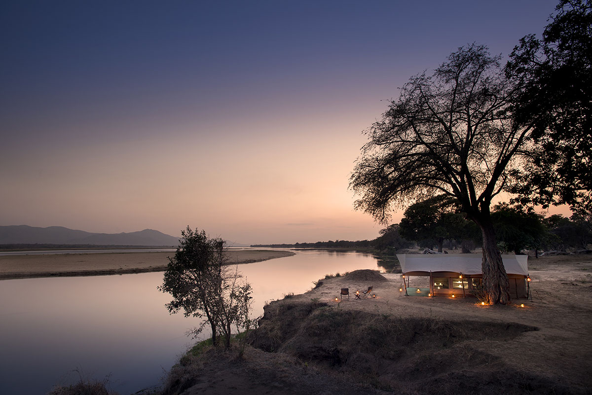 zambezi expeditions mana-pools-zambia-in-style-zimbabwe-lodges-camp-views
