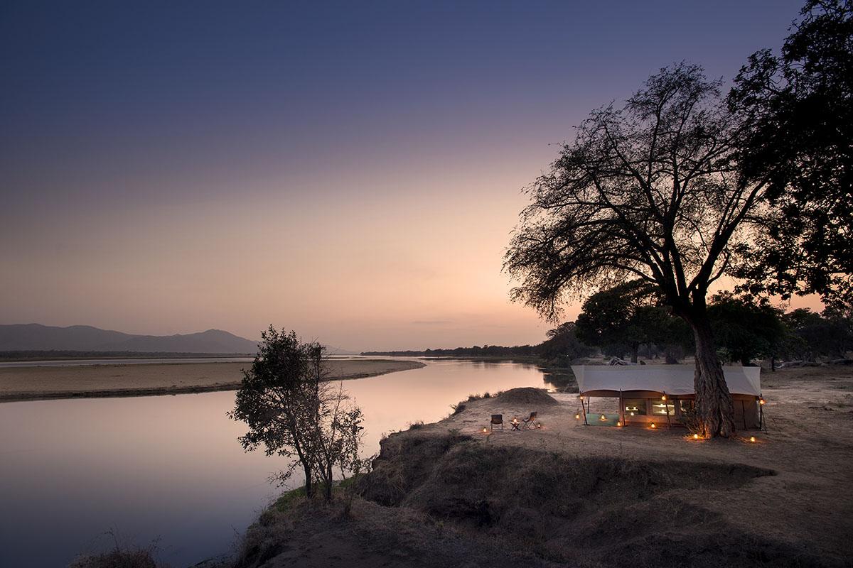 zambezi expeditions mana-pools-zambia-in-style-zimbabwe-lodges-camp-views