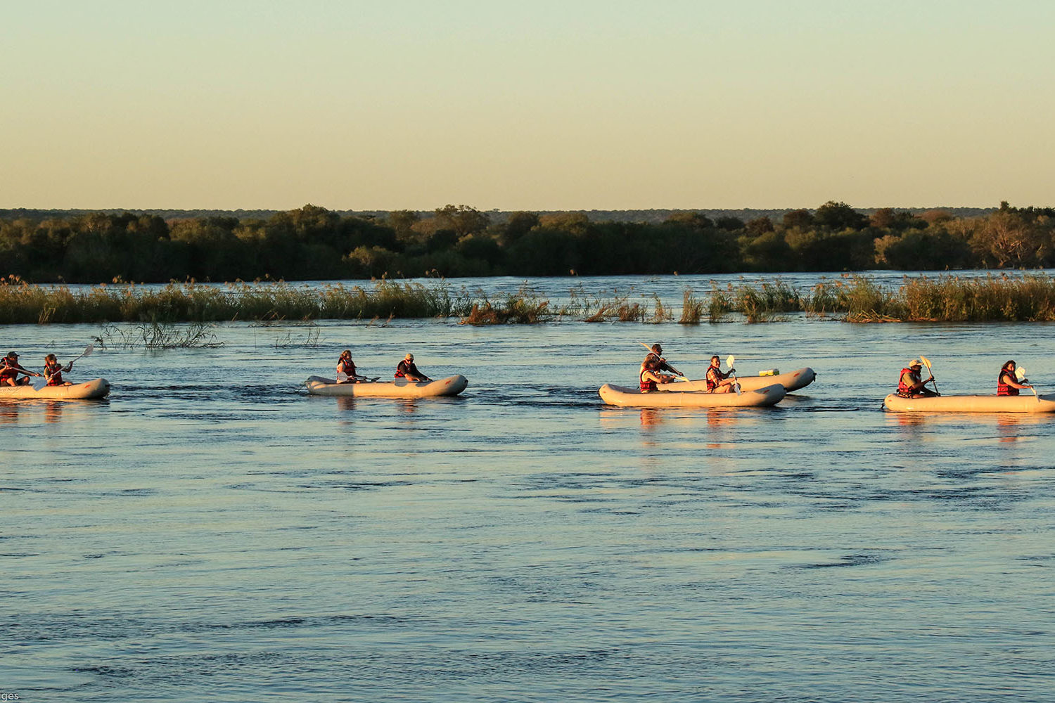zambezi sands river camp victoria-falls-zimbabwe-accommodation-imvelo-safari-lodges-river-activities
