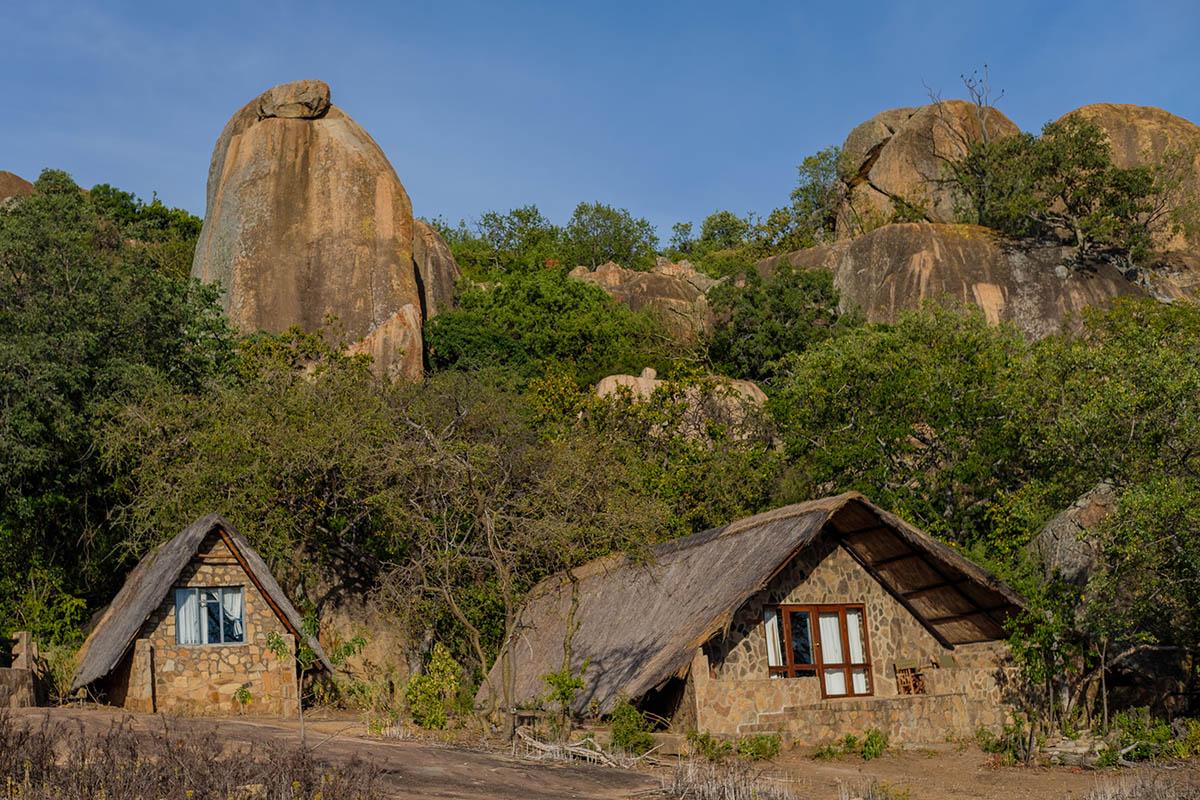 big cave camp matobo-hills-national-park-zimbabwe-accommodation-lodges-ndwangu-front-view