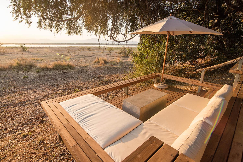 chikwenya camp zimbabwe-lodges-accommodation-zambia-in-style-mana-pools-zambezi-river-wilderness-views