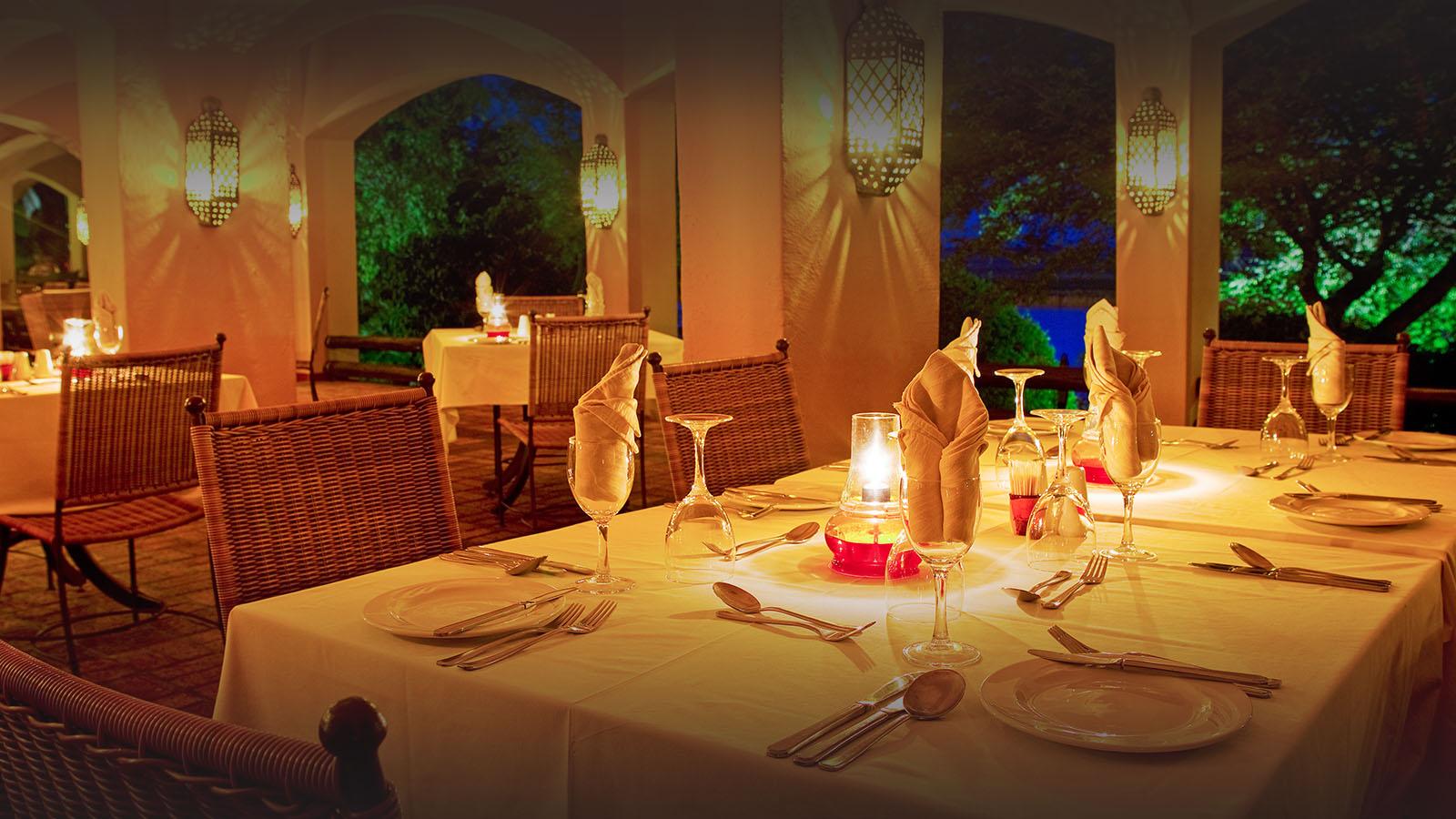 chobe game lodge botswana-lodges-chobe-national-park-accommodation-indoor-dining
