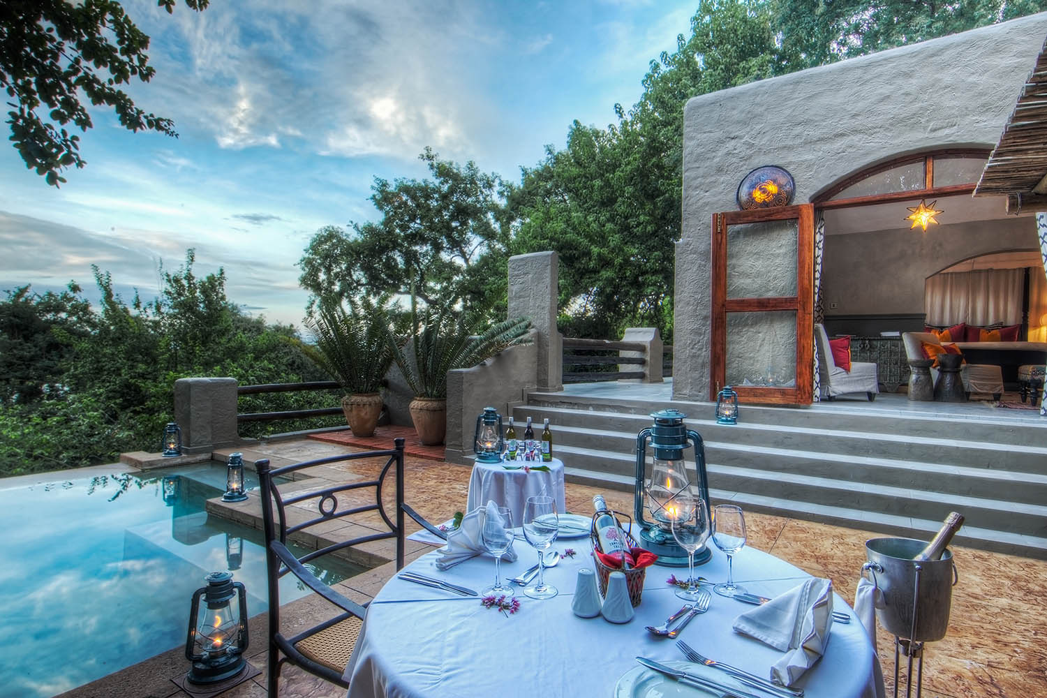 chobe game lodge botswana-lodges-chobe-national-park-dining-family-suite-private-patio