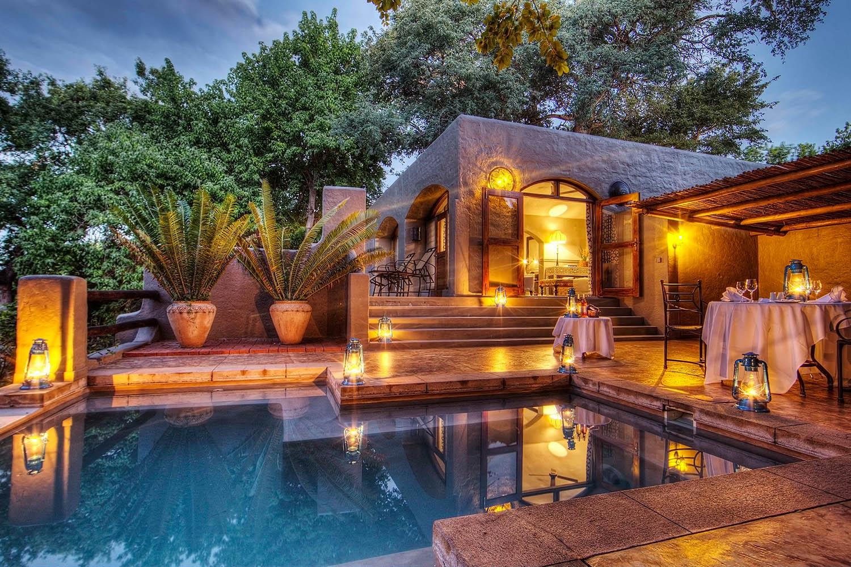 chobe game lodge botswana-lodges-private-patio-pool