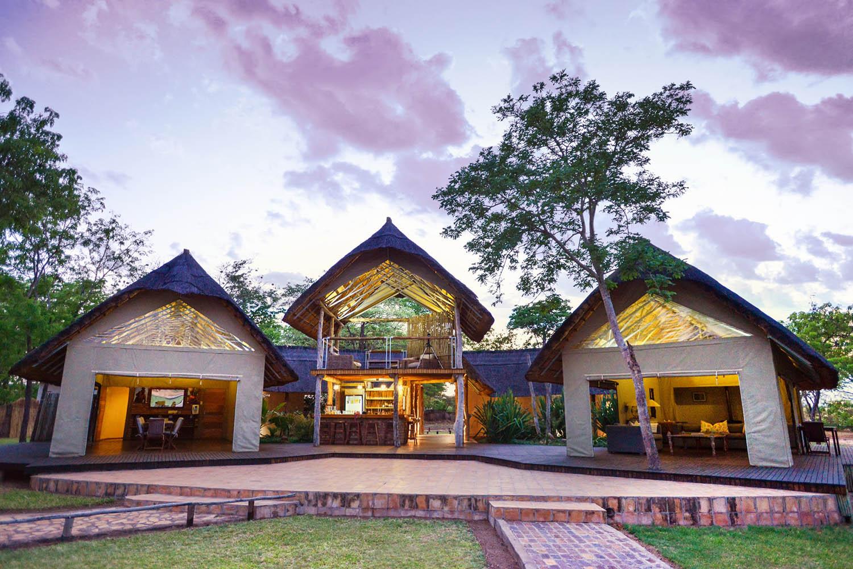 elephants eye eco lodge hwange-national-park-zimbabwe-lodges-accommodation-chalets-main-area