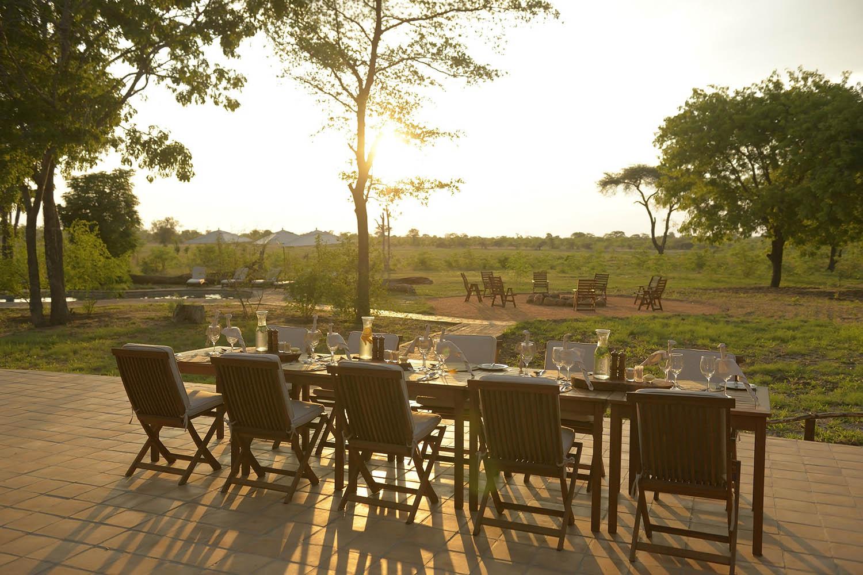 elephants eye eco lodge hwange-national-park-zimbabwe-lodges-dining