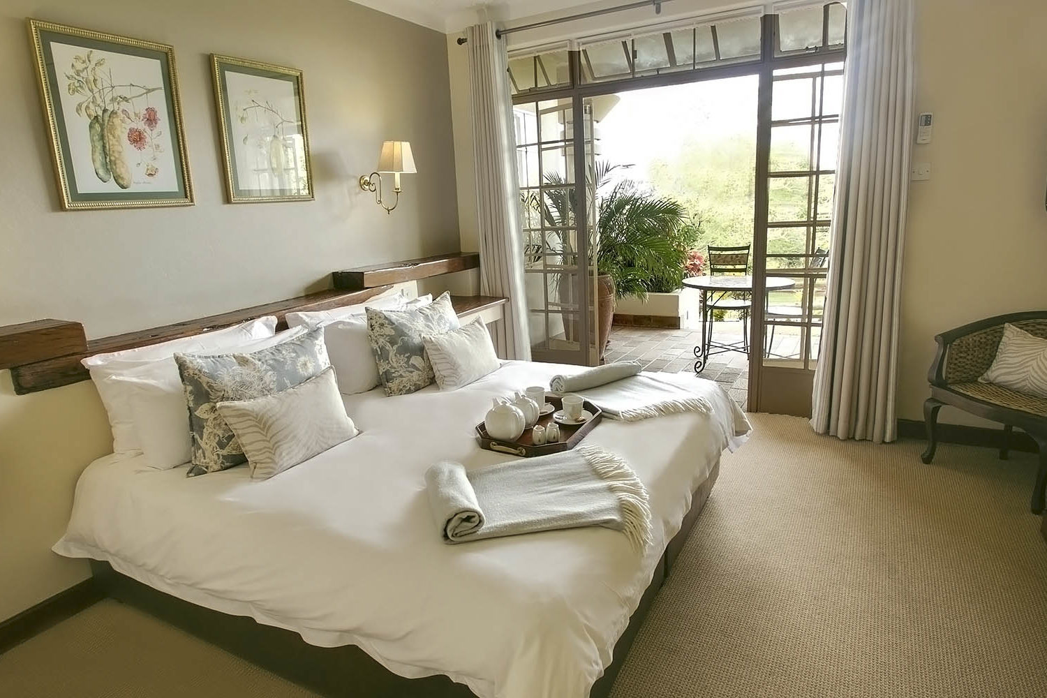ilala river lodge victoria-falls-zambia-in-style-zimbabwe-lodges-accommodation-luxurious-accommodation-standard-double-room-hotel