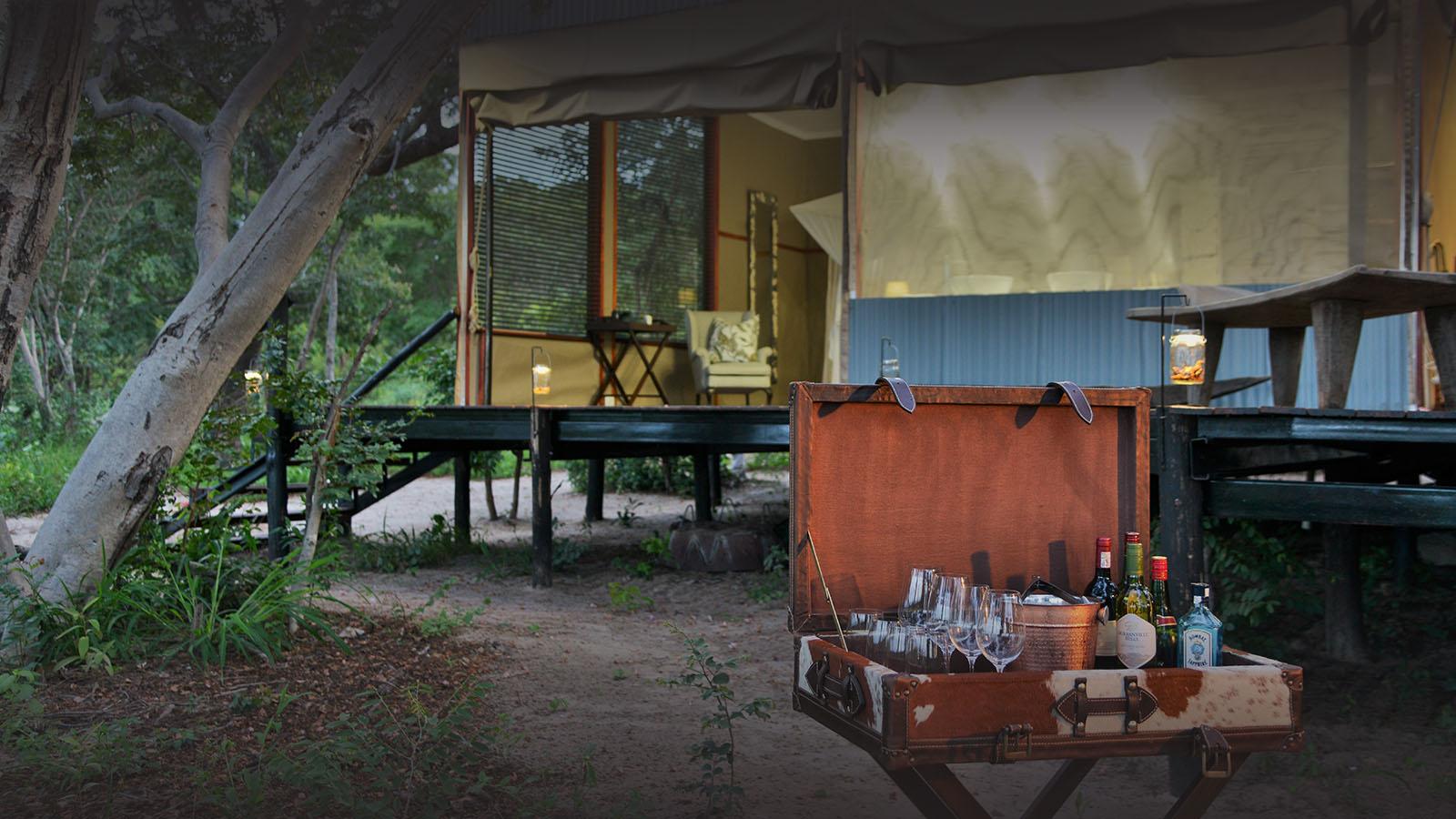khulus retreat hwange-national-park-zimbabwe-lodges-villa-drinks-outdoors
