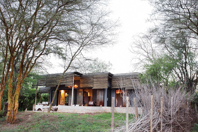 matetsi river lodge victoria-falls-zimbabwe-lodges-accommodation-matetsi-house-exterior