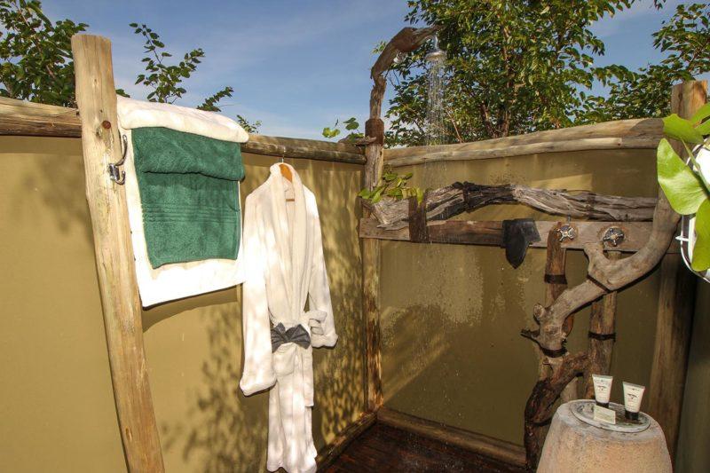 nehimba lodge imvelo-hwange-national-park-zimbabwe-accommodation-shower