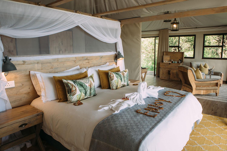 old drift lodge victoria-falls-zimbabwe-luxurious-accommodation-bedroom