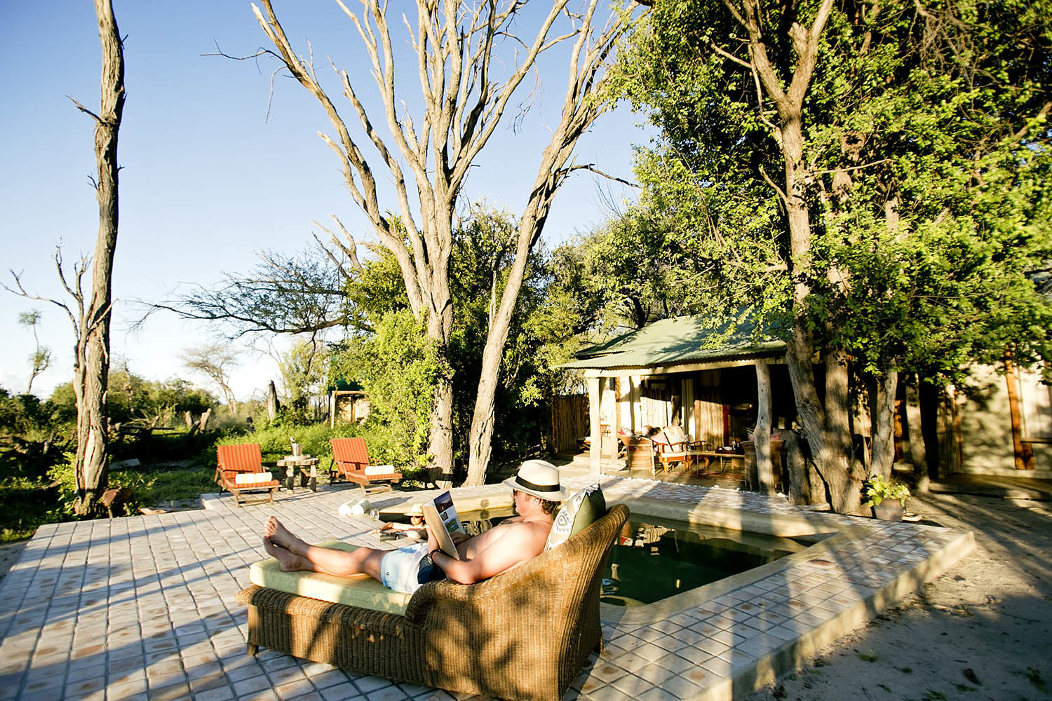 the hide hwange-national-park-lodges-zimbabwe-accommodation-toms-little-hide-pool-reading