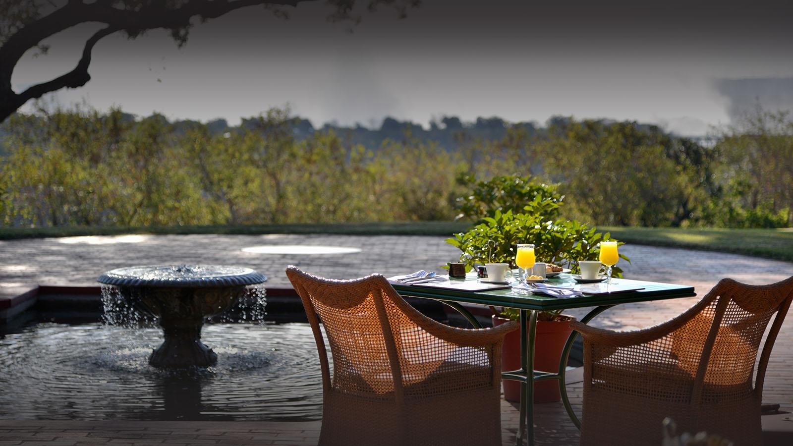 victoria falls hotel zimbabwe-accommodation-elegant-luxury-hotel-breakfast