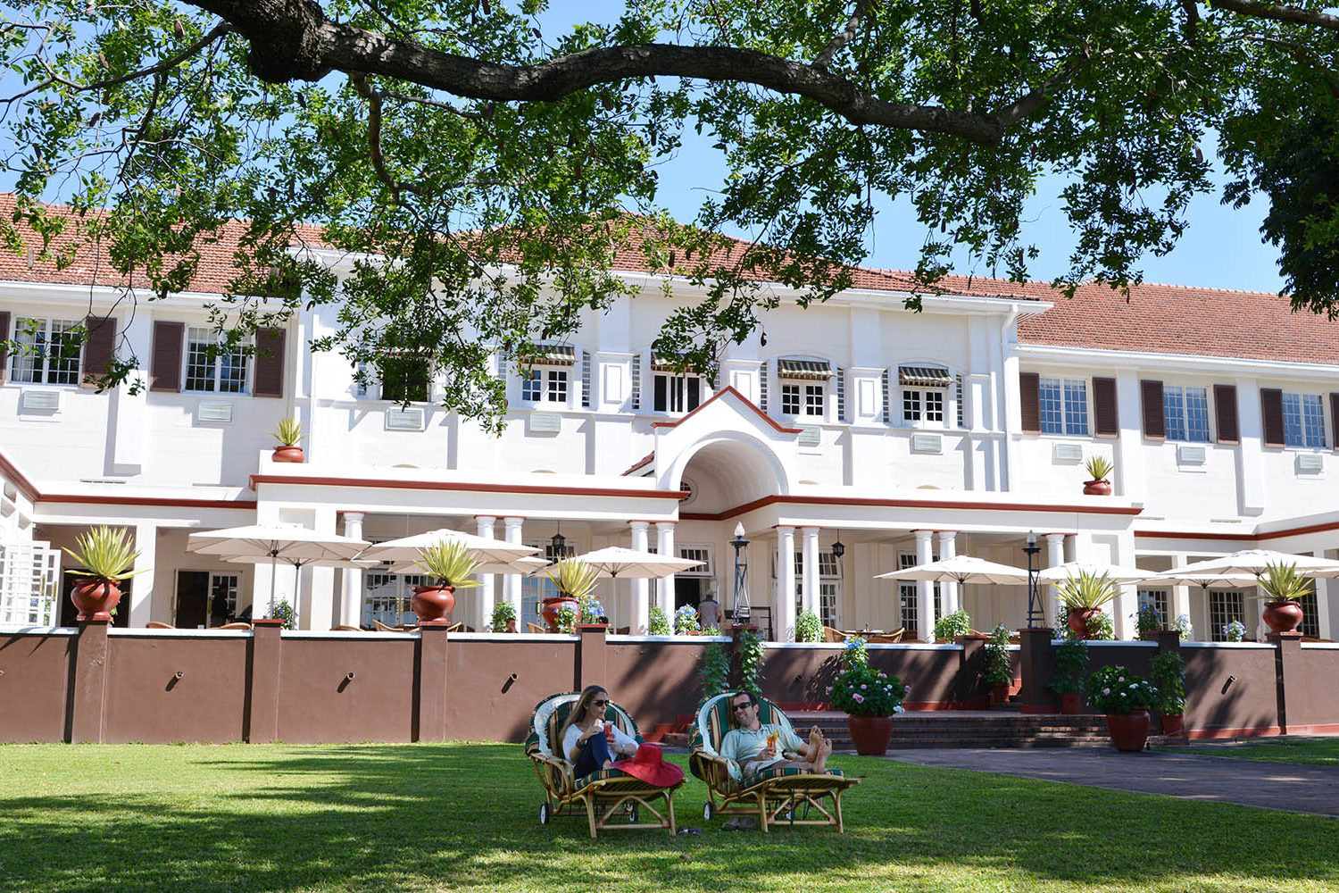 victoria falls hotel zimbabwe-accommodation-elegant-luxury-hotel-loungers