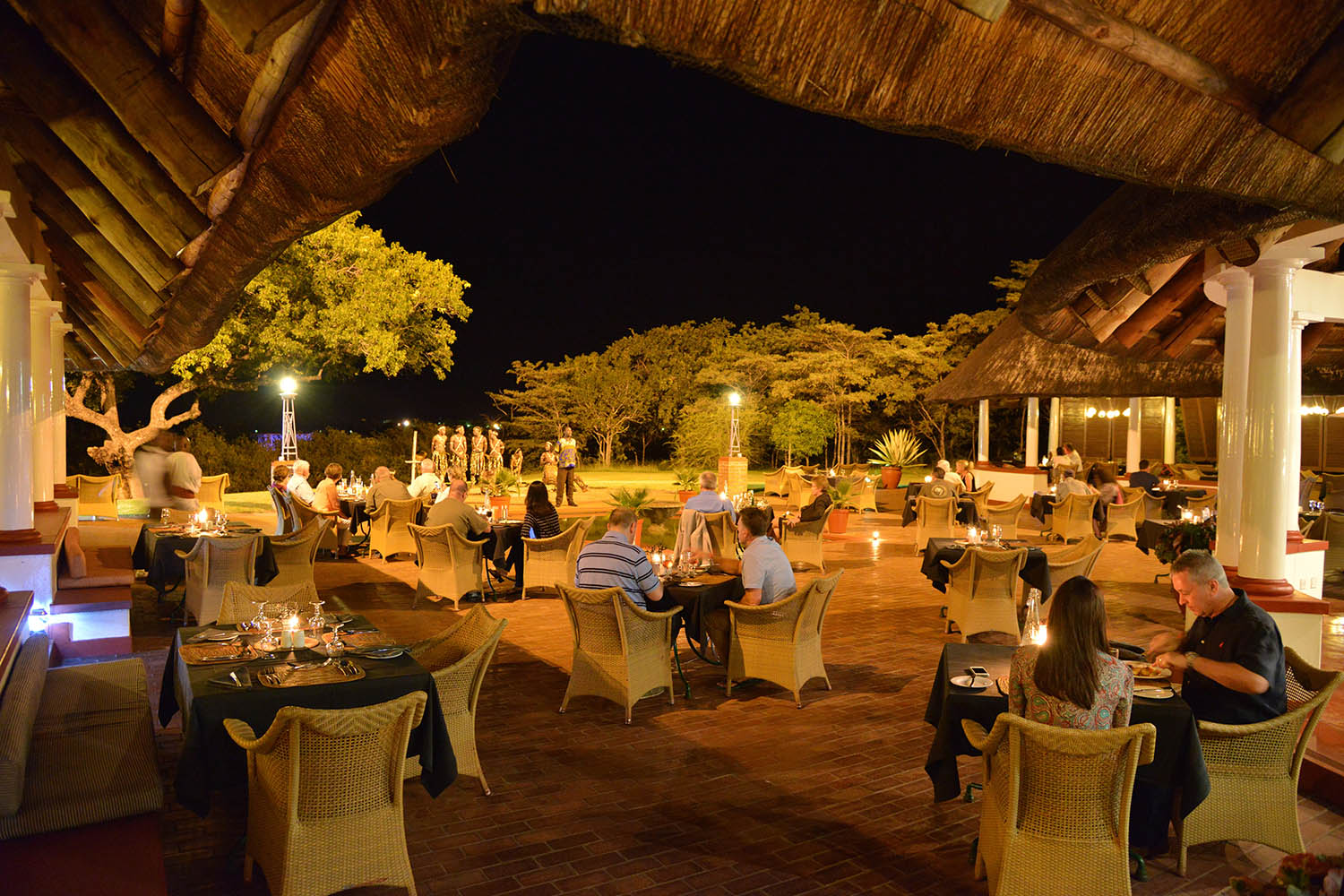 victoria falls hotel zimbabwe-accommodation-elegant-luxury-hotel-zambia-in-style-restaurants-evening-dining