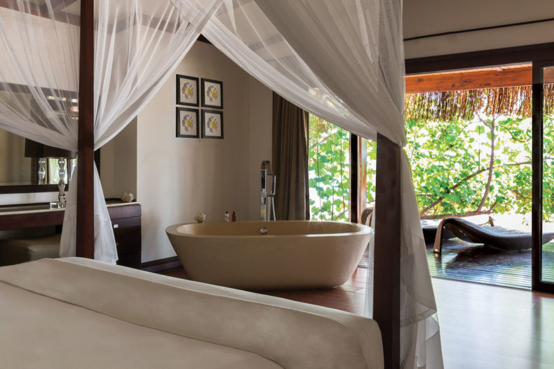 anantara bazaruto mozambique-lodges-zambia-in-style-luxury-villas-bazaruto-island-beach-pool-villa-bedroom-bath