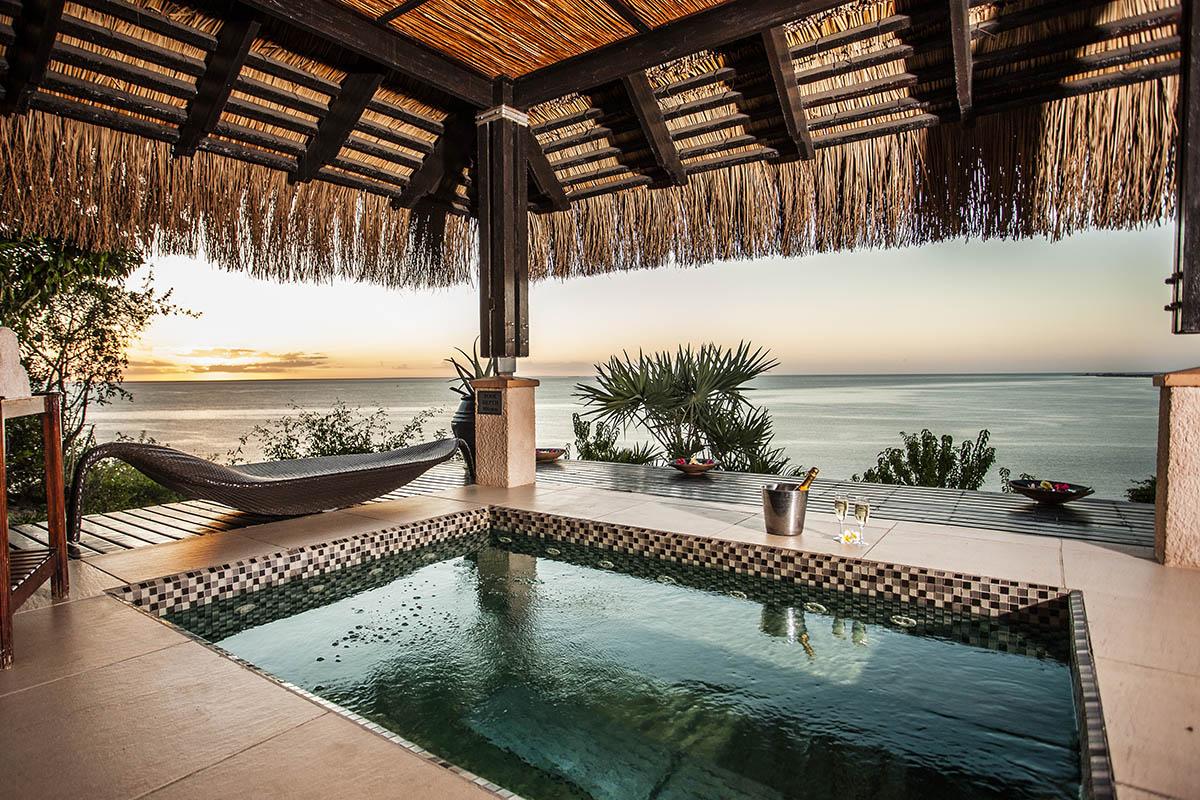 anantara bazaruto mozambique-lodges-zambia-in-style-pool-seaviews