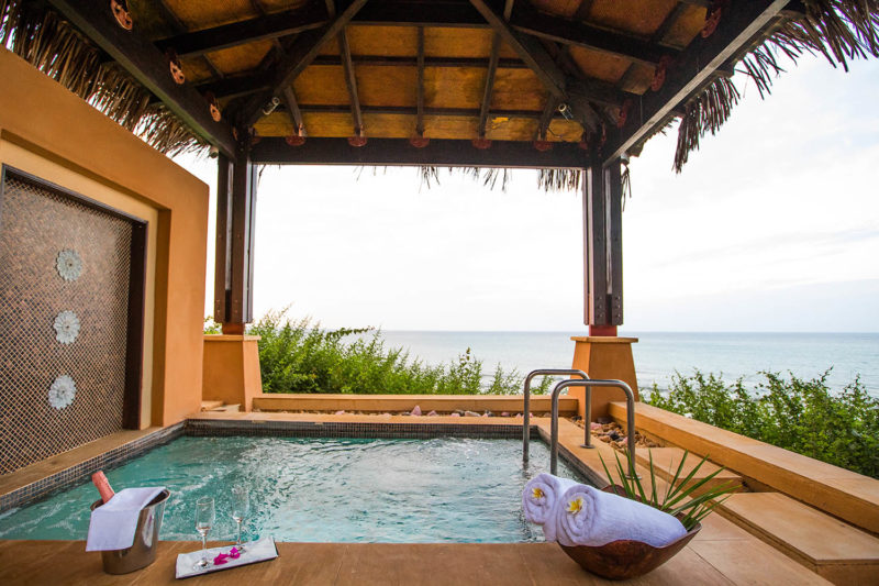 avani pemba beach lodge mozambique-lodges-zambia-in-style-rooms-suites-hotel-spa-jacuzzi