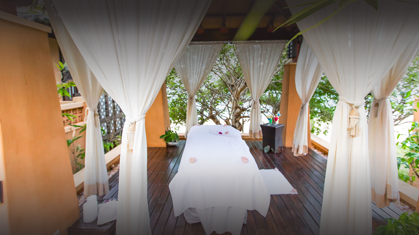 avani pemba beach lodge mozambique-lodges-zambia-in-style-suites-outdoor-spa