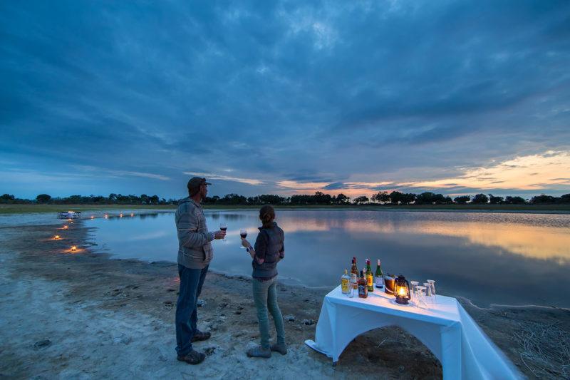footsteps camp okavango-delta-botswana-lodges-zambia-in-style-walking-safaris-drinks