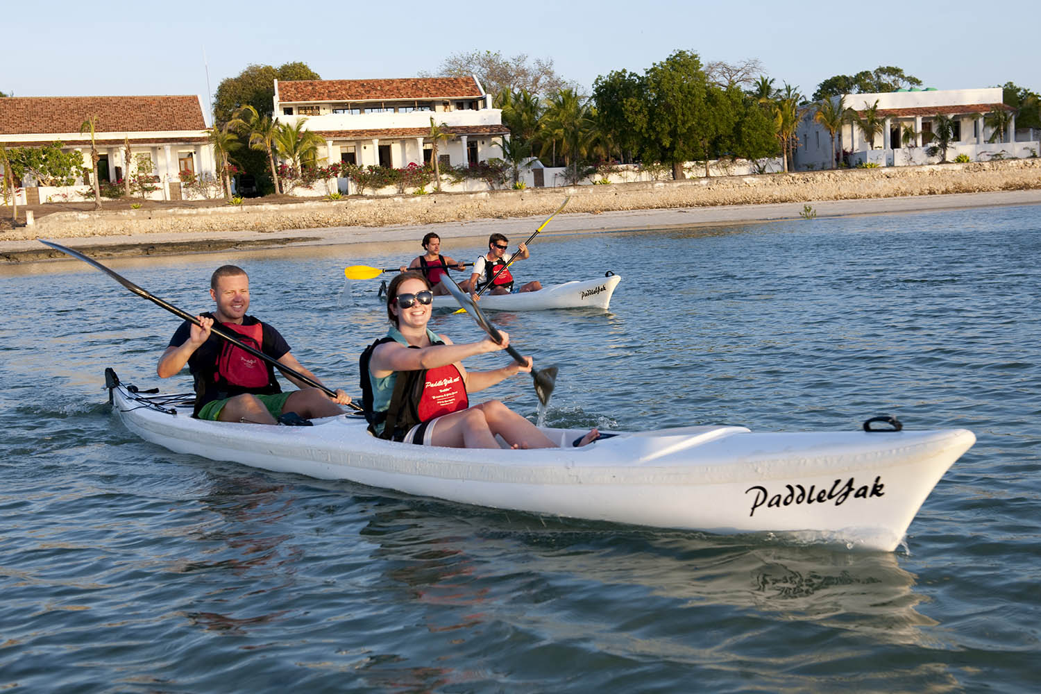 ibo island mozambique-lodges-zambia-in-style-beach-excursion-paddlers