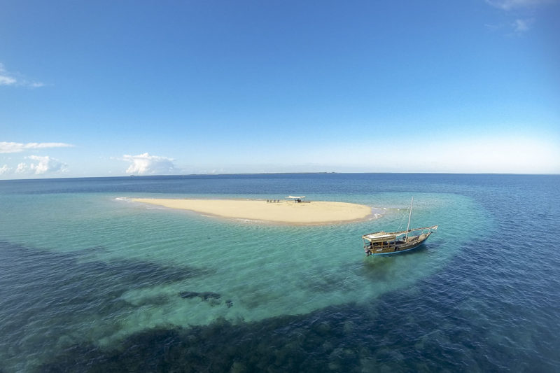 ibo island mozambique-lodges-zambia-in-style-island-quirimbas-archipelago-aerial-dhow-at-sandbank